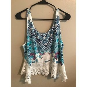 Floral pattern tank top with lace bottom